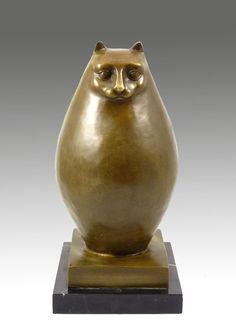 Современная скульптура Большой, толстый кот - подписано Ботеро. Художник Ботеро является одним из самых известных скульпторов Латинской Америки. Фернандо Ботеро стал всемирно известным из-за его необычных, очень круглые скульптуры. Сегодня родившийся в 19 апреля 1932 года Фернандо Ботеро живет в Париже. Высота: 33 см Ширина: 16 см Глубина: 16 см Вес: 5.2 кг Цена 399.00