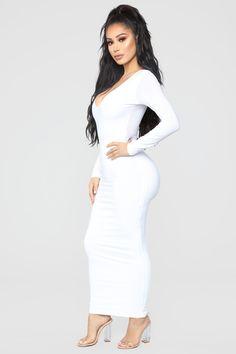 Louise V Neck Bodysuit - White – Fashion Nova White Fashion, Look Fashion, Girl Fashion, Fashion Outfits, White Long Sleeve Bodysuit, V Neck Bodysuit, Satin Dresses, Sexy Dresses, Casual Dresses