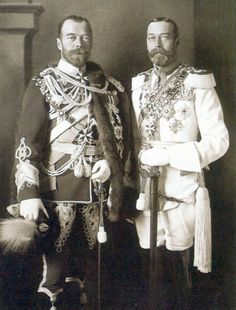 King George V (right) with his first cousin Tsar Nicholas II, Berlin, 1913. Note the close physical resemblance between the two monarchs.