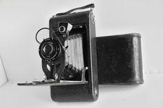 Vintage Kodak 3A AutoGraphic Folding Camera With Leather Case in Cameras & Photo, Vintage Movie & Photography, Vintage Cameras | eBay