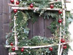 jolie-decoration-sapin-avec-un-branche-de-sapin-vert-pour-decorer-pour-noel-jolie-idee