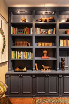 Home Library Design, Home Office Design, Interior Design Living Room, House Design, Unique Home Decor, Vintage Home Decor, Law Office Decor, Bookcase Styling, Bookshelves Built In