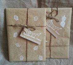 Packaging bonito, sencillo y especial. Con sellos carvados a mano by Lomita Dessins