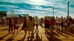Car-Free LA: Beach Cities - Take a one-day tour of the beach cities of Santa Monica and Venice, with no motors required. Southern California Beaches, California Vacation, Hotel California, La Things To Do, One Day Tour, Hermosa Beach, City Car, Beach Town, Venice Beach