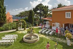 Fountain Wedding Ceremony, Portugal. #destinationweddingsinportugal #weddingdestinationinportugal #weddingceremonyportugal #weddingportugal #casamentomarportugal #casamentoportugal