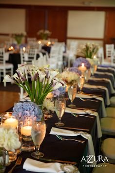 Pair dark, bold linens with classic white napkins at www.grandeventrentalswa.com
