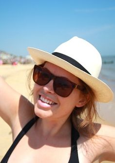 A flat-brimmed hat paired with a messy updo is perfect for the beach. Click here for 50 more looks like this one. Tanya Burr, Zoe Sugg, Beach Blonde, Messy Updo, Panama Hat, Youtubers, Most Beautiful, Two By Two, Pairs