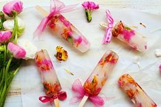 edible flower ice lollies - arent they just the prettiest youve ever seen?