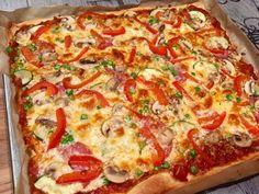 Pizzateig kalorien- und fettarm # Food and Drink appetizers chips Ww Rezepte P Rezepte Low Calorie Pizza, Calories Pizza, Ww Recipes, Pizza Recipes, Vegetarian Recipes, Yummy Snacks, Healthy Snacks, Deep Dish Pizza Recipe, Oven Vegetables
