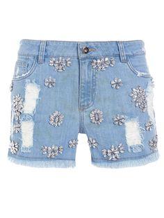 32 Ideias para Transformar Jeans Velhos em Shorts Estilosos