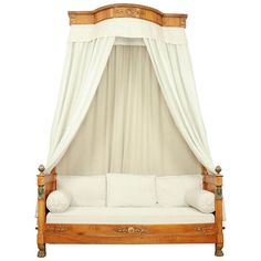 For Sale on - French Empire Egyptian Revival Daybed with Demilune Canopy, circa 1815 A rare Empire daybed à 'l'Égyptienne' with a demilune canopy from circa Made Bed Furniture, Modern Furniture, Antique Furniture, Furniture Ideas, Antique Daybed, French Daybed, Daybed Canopy, Modern Daybed, French Empire
