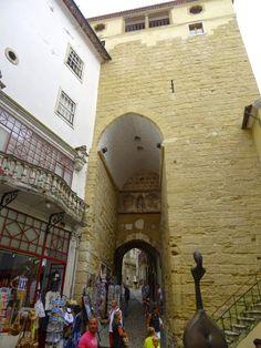 Arco e Torre de Almedina, Coimbra, Portugal