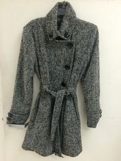 Cold weather style #shopbuffalogoodwill #goodwill finds www.goodwillwny.org