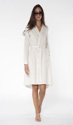 Just stunning! This white linen shirt dress // 120% Lino