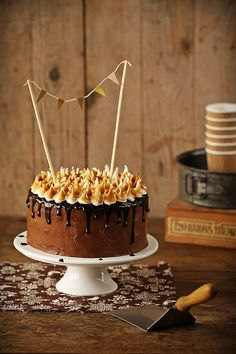 Chocolate and chesnut layer cake.love the bunting. Sweet Desserts, Sweet Recipes, Cake Recipes, Dessert Recipes, Cupcakes, Cupcake Cakes, Cake Chocolat, Big Cakes, Sweets Cake