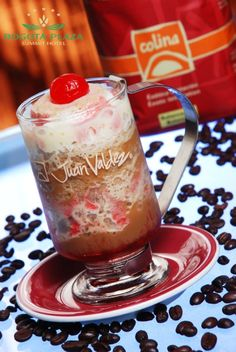 Pide un happy frappe en nuestro Bar Café del @Rosa P. Forbesá Plaza Summit Hotel