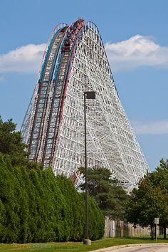 American Eagle roller coaster   Flickr - Photo Sharing!/ #freizeitpark #themepark #rollercoaster #Achterbahn #Achterbahnpark