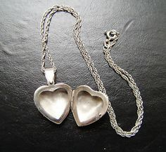 vintage woman silver stirling 16ins h/m chain & heart open photo locket quality