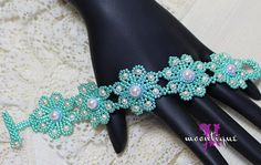 EyeletLace Bracelet & Necklace Set Tutorial by Moontique on Etsy