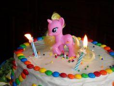 Rainbows n Unicorns Cake by Me!