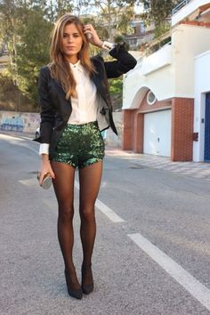 new years eve outfit - black blazer over white collar button up blouse shirt with green sequin shorts and tights - so stunning - I love this look for New Years Eve! Want some sequin shorts Nye Outfits, Holiday Outfits, Fashion Outfits, Clubbing Outfits, Party Outfits, Fashion Heels, Club Outfits, Party Fashion, Winter Outfits