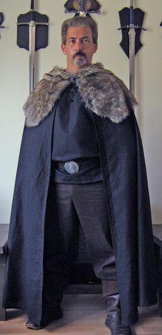 Viking celtique médiévale barbare Style Cape par MorganasCollection