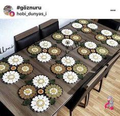 Crochet Coaster Pattern, Crochet Snowflake Pattern, Crochet Flower Patterns, Crochet Motif, Crochet Doilies, Crochet Flowers, Knit Crochet, Crochet Placemats, Crochet Table Runner