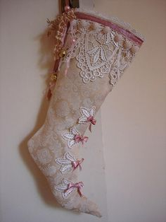 Google Image Result for http://mysistersjar.files.wordpress.com/2008/12/stocking-victorian.jpg?w=375&h=500