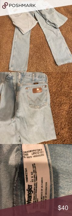 Wrangler 32x32 whitewashed 13MWZ 3 pair in very good condition! $15 each or $40 for all 3 pairs Wrangler Jeans Bootcut