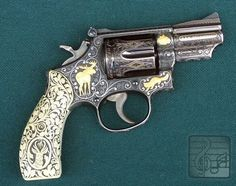 S&W .357 Magnum. Awesome work.