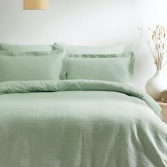 Duvet Sets, Duvet Cover Sets, Pastel Bedroom, Green Duvet Covers, Minimal Decor, Sea Foam, Interior Styling, Bedroom Decor, Bedroom Ideas