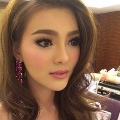 due arisara thai actress makeup