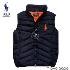 Jackets really are a vital component to every man's closet. Men will need outdoor jackets for a variety of occasions as well as some varying weather conditions Sharp Dressed Man, Well Dressed Men, Ralph Lauren, Urban Fashion, Mens Fashion, Fashion Outfits, Revival Clothing, Camisa Polo, Men's Coats And Jackets