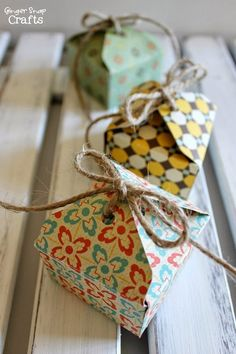 Tiny Gift Boxes with We R Memory Keepers Envelope Punch Board {tutorial}