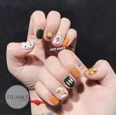 Nail art Christmas - the festive spirit on the nails. Over 70 creative ideas and tutorials - My Nails Cute Summer Nail Designs, Cute Summer Nails, Short Nail Designs, Nail Art Designs, Cute Nail Art, Cute Nails, My Nails, Minimalist Nails, Nail Swag
