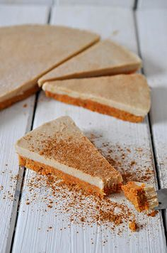 ... raw carrot apple cinnamon cake on the bottom with a banana cashew cream on the top ...