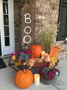 Read more about holiday decorating paper snowflakes Click the link for more info Fete Halloween, Halloween Home Decor, Autumn Decorating, Porch Decorating, Decorating Ideas, Rustic Fall Decor, Fall Home Decor, Outside Fall Decorations, Fall Planters