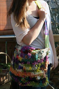 crochet purse! awesome!