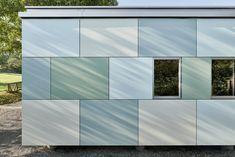 Design facades with the weather-resistant HPL Compact Outdoor from Argolite. The colourful facade cladding of the new kindergarten in Hausen, Switzerland is an eye-catcher. Architecture: Burri Studiger Architekten AG, Windisch | Photos: Gataric Photography, Zurich. #architecture #facade #exteriordesign #ArgoliteHPL #highpressurelaminate #swissmade #designlovers #swissarchitecture #architecturedaily #architectureproject #exteriordesigns #outdoordesign #surfaces #finishes #HPLKompaktOutdoo