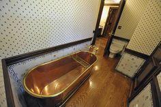 copper bathtub at Neverland ranch