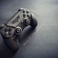 Cool Ps4 Controllers, Ps4 Controller Custom, Game Controller, Control Playstation, Control Ps4, Video Game Rooms, Video Games, Marvel Games, Mundo Dos Games