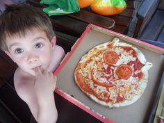 baby pizza per bambini con tanto di faccina simpatica