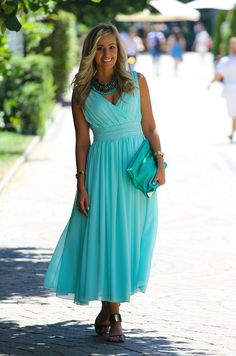 MINT AND TURQUOISE - Style And Blog
