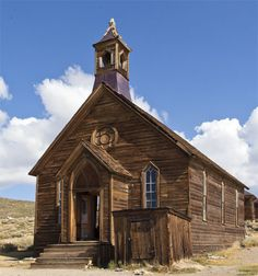 The Mother Lode of Ghost Towns: Bodie California: Church Abandoned Churches, Abandoned Cities, Old Churches, Abandoned Mansions, Bodie California, Old Country Churches, Scary Places, Church Building, Place Of Worship