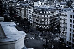 Reserve your stay in France at the Prince de Galles, a Luxury Collection Hotel, Paris, and enjoy premium accommodations and shopping on Champs Elysees. Paris Street, Street View, Paris Destination, Luxury Collection Hotels, Champs Elysees, Paris Hotels, Paris France, Paris Paris, Rue