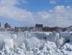 Ohhh Niagara falls 2014 Iceeee☔❄❄❄❄❄❄❄❄❄❄❄⛄⛄⛄⛄⛄⛄⛄⛄⛄⛄uffff canada. 40 yearsss