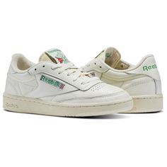 Reebok Women s Club C 85 Vintage in Chalk Glen Green Paper White Size 7 -  Court 60597ee30
