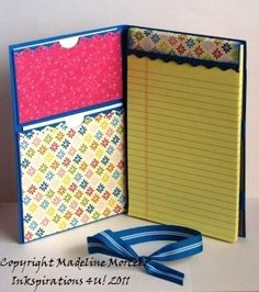 note pad holder for assemblies and conventions Craft Tutorials, Craft Projects, Post It Note Holders, Wedding Card Templates, Wedding Cards, Craft Show Ideas, Craft Sale, Paper Gifts, Craft Fairs