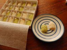 京都老舗旅館「俵屋」で供される落雁「本和三盆福俵」。