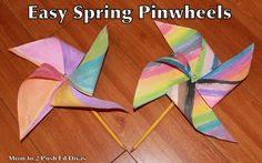 Make an easy spring pinwheel with kids to celebrate spring #Momto2PoshLilDivas